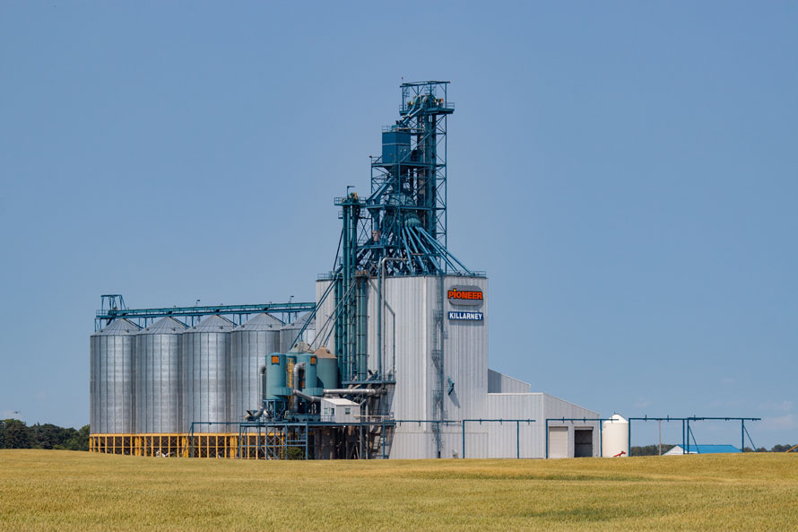 Ten Grain Elevator Towns The Trackside Photographer