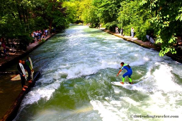 eisbach river surfing munich