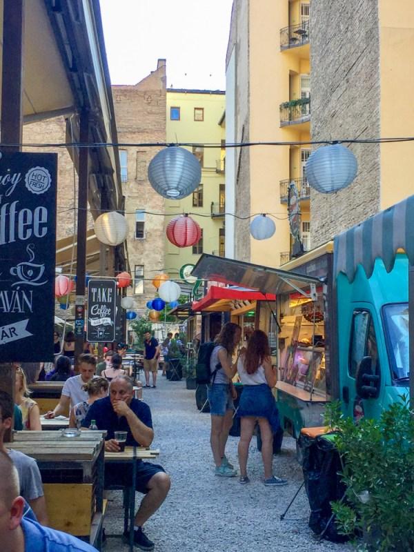 karavan budapest street food market