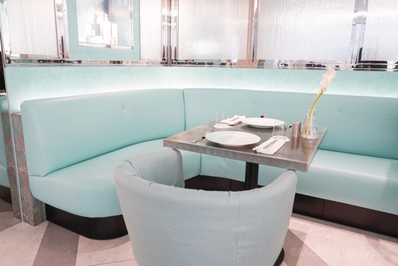 dsc07309 1 - The Tiffany Blue Box Cafe - 上海でティファニーアフタヌーンティーを満喫