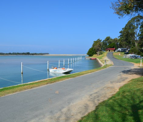 Mallacoota Foreshore Holiday Park
