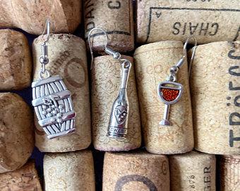 Wine, 10 Wine Drinking Essentials on a Budget, The Travel Bug Bite