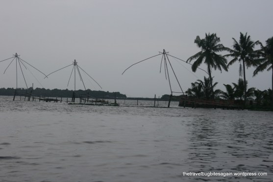 Chinese fishing nets, Alleypey