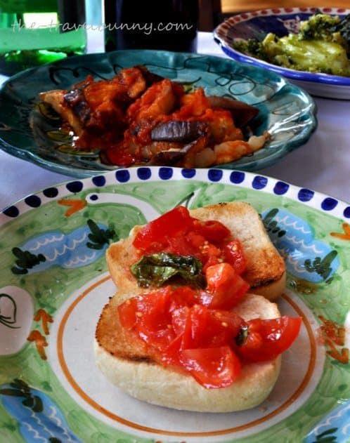 bruchetta with tomato