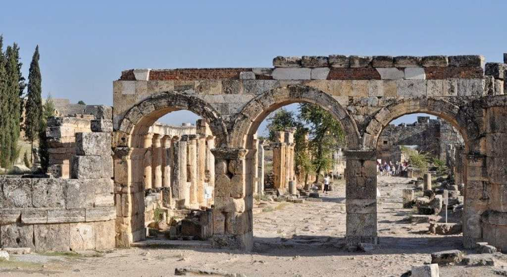 Arch of Domitian, Hierapolis