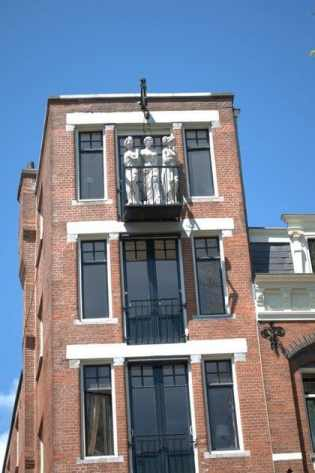 Statue Gable, Amsterdam