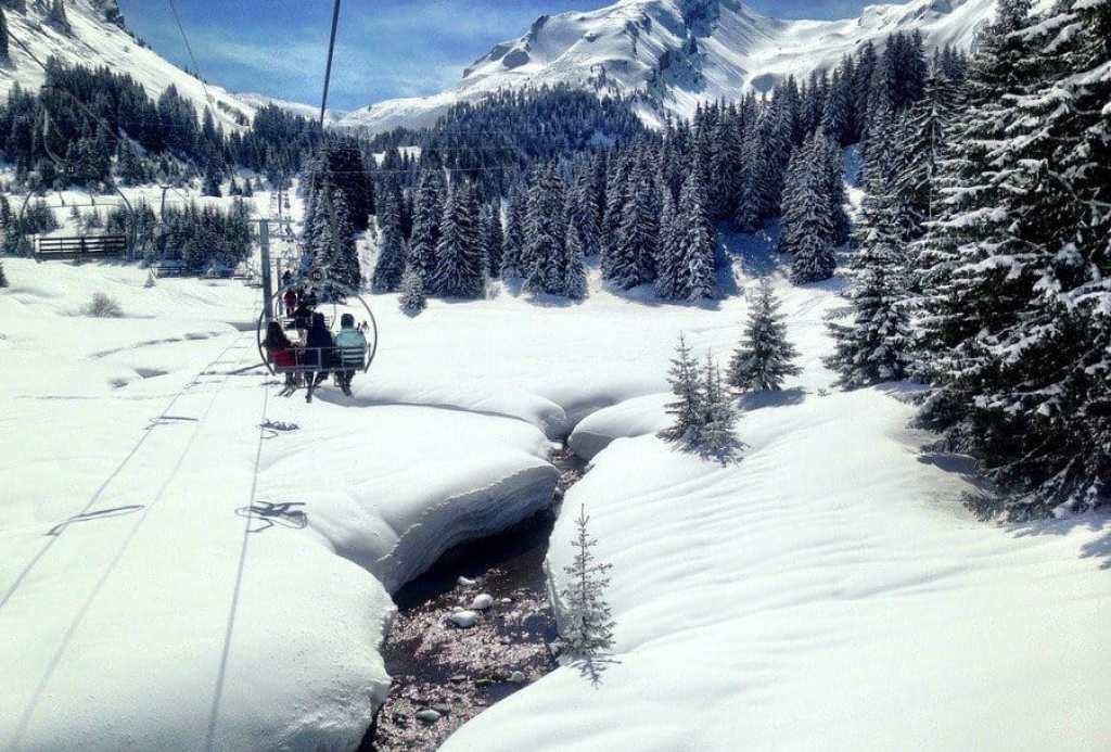 ki Ski Lift from Linderets Bowl