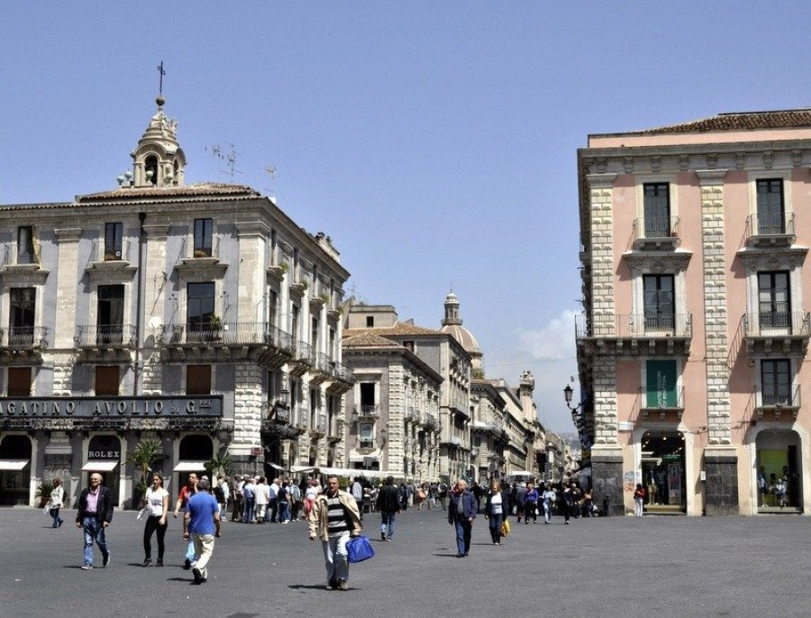 Piazza Università looking up Via Etna, Catania