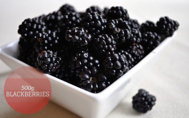 A bowl of Blackberries