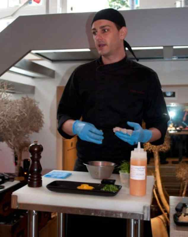 Oscar - Sushi Chef