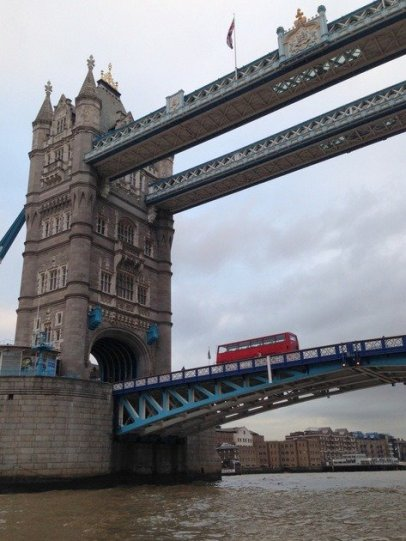 tower-bridge-london-bus