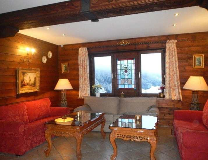 Hotel-Alpenkrone-lobby