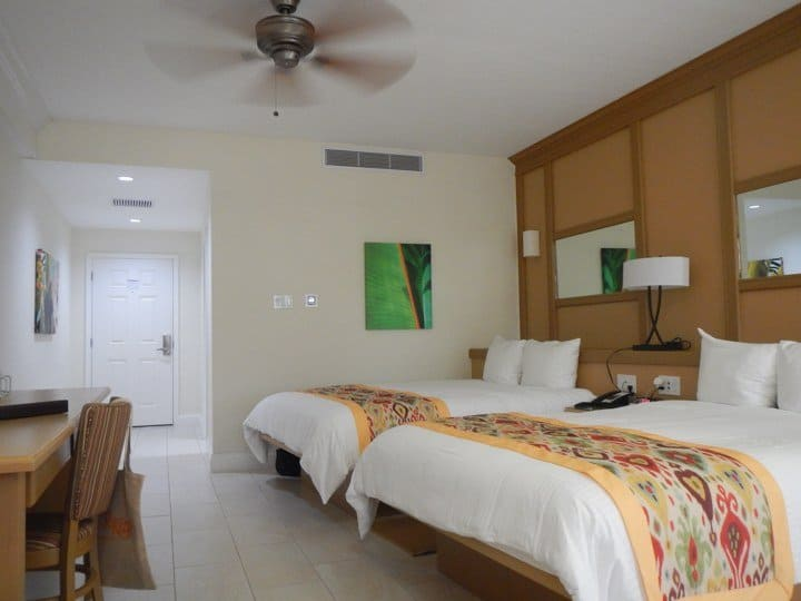 bedroom-ocean-terrace-inn