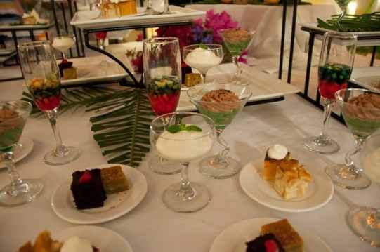dessert-table-st-kitts-restaurant
