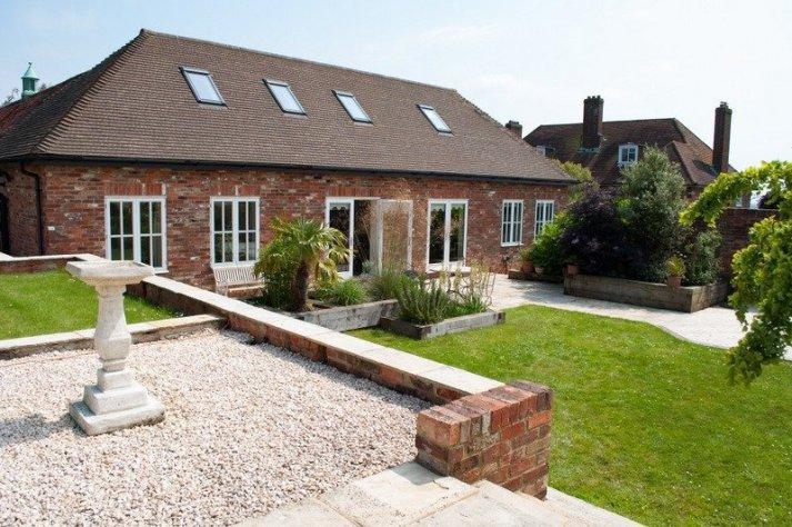 Cadborough-farm-cottages-the-coach-house