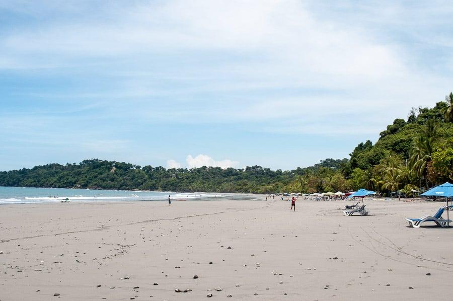 Playa Espadilla Norte beach, Manuel Antonio, Costa Rica