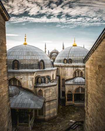 Hagia-Sophia-to-Blue-Mosque