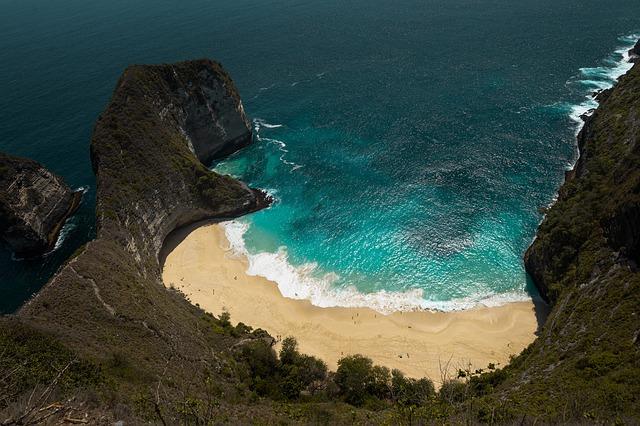 best-tourist-spot-in-indonesia