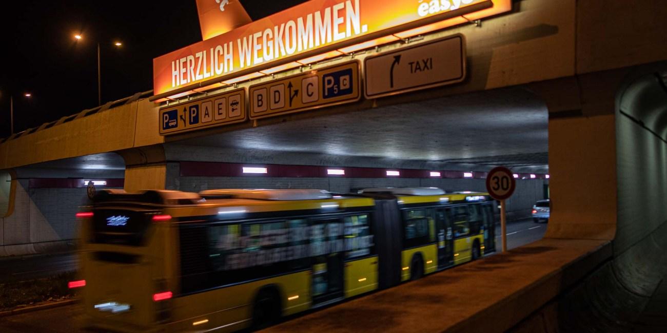 Flughafen Berlin Tegel Einfahrt Zufahrt