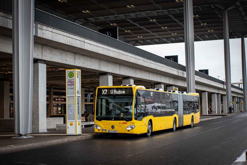 Busverbindung zum Flughafen BER aus Berlin