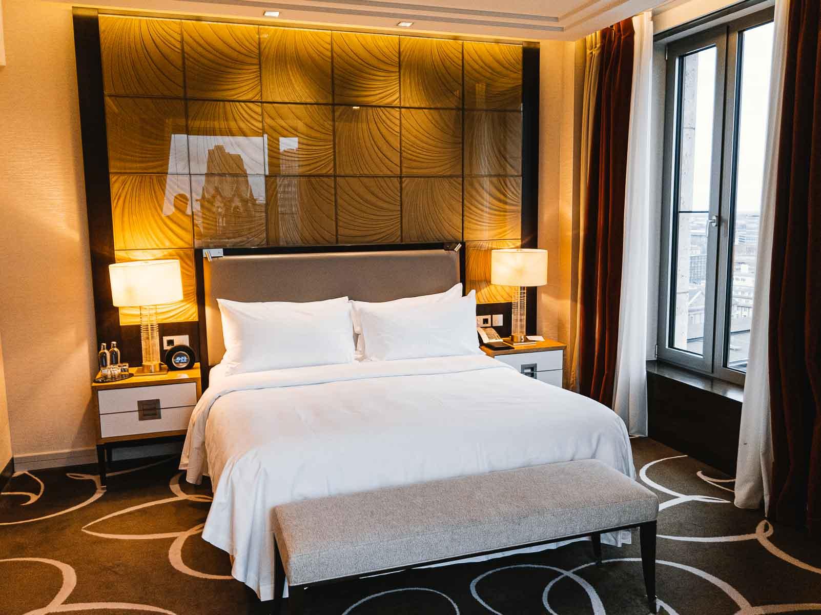 Waldorf Astoria Berlin Impresario Deluxe Zimmer_-2