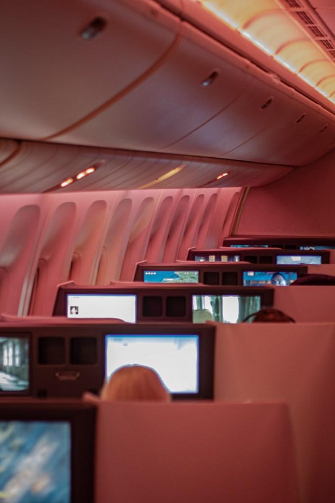 Air China Boeing 777 Business Class Kabine und Sitz-4