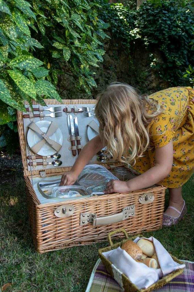 Grand Hotel Dei Dogi Picknick im Garten The Travel Happiness-4