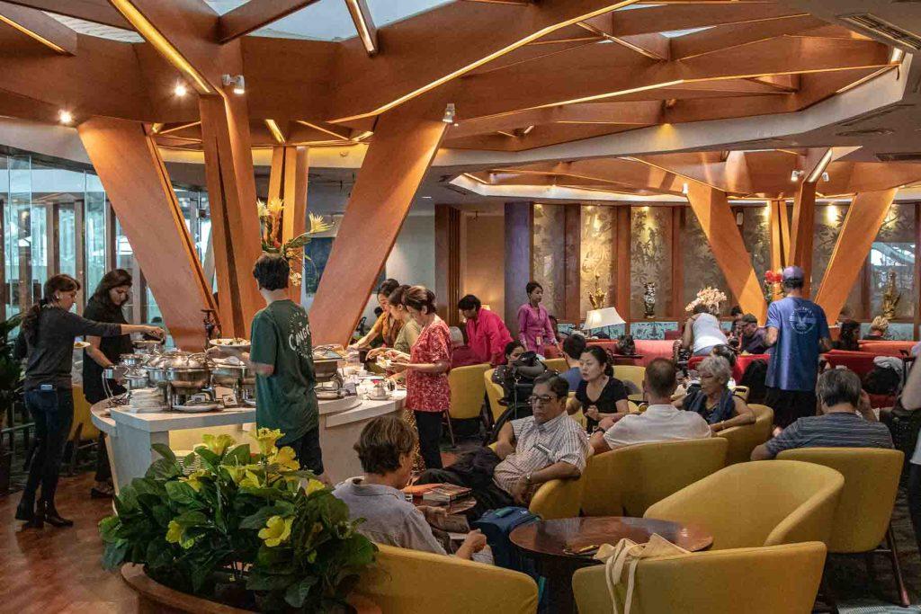 Priority Pass Lounge Denpasar Bali Premier Lounge-3