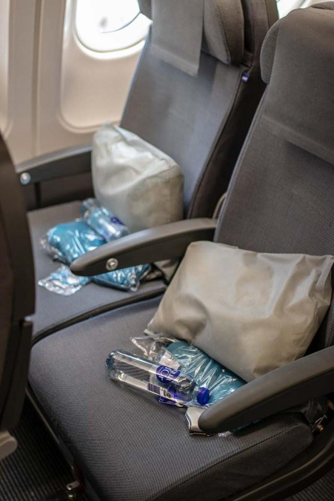 SAS A340 Economy Class-3