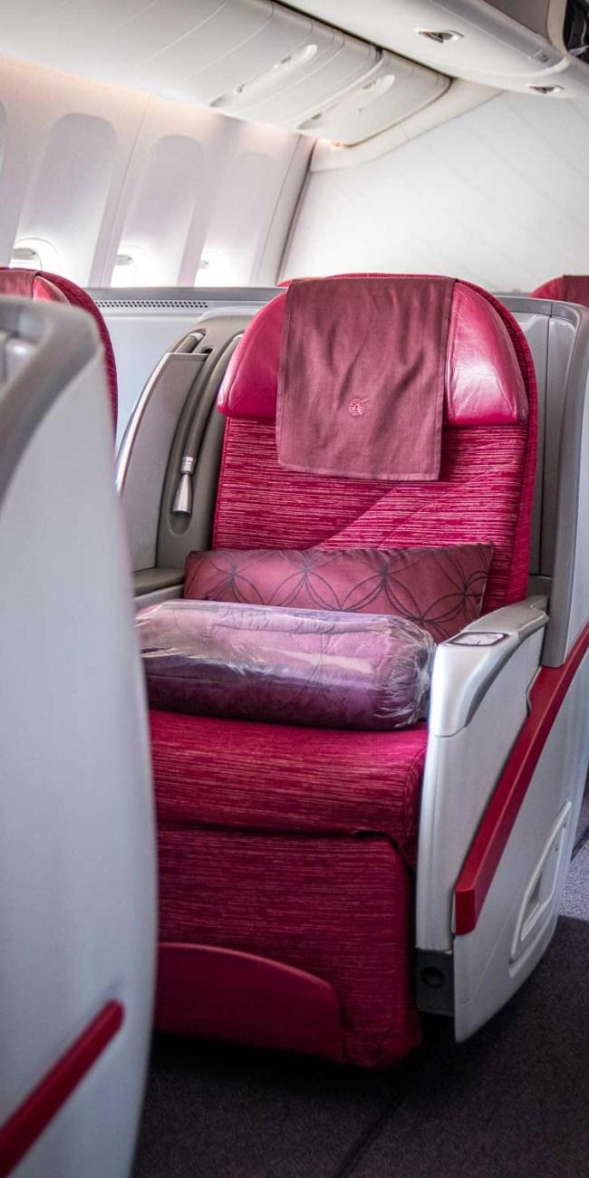 Qatar Airways Business Class Boeing 777-300ER 2-2-2 Konfiguration-3