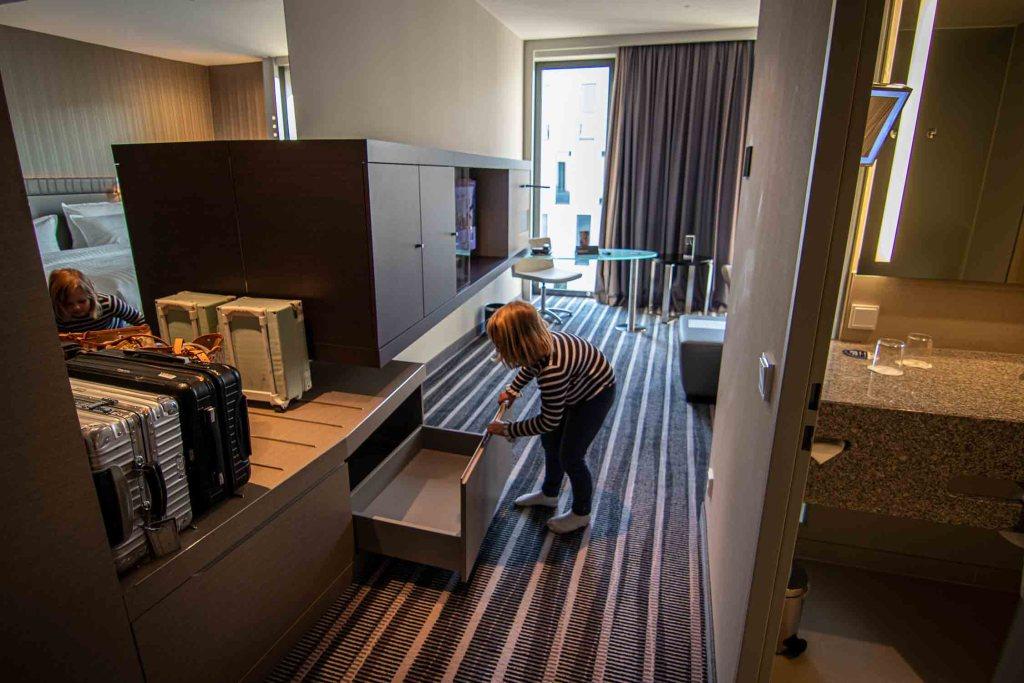 Flughafen Hotel am BER Steigenberger Erfahrung-4