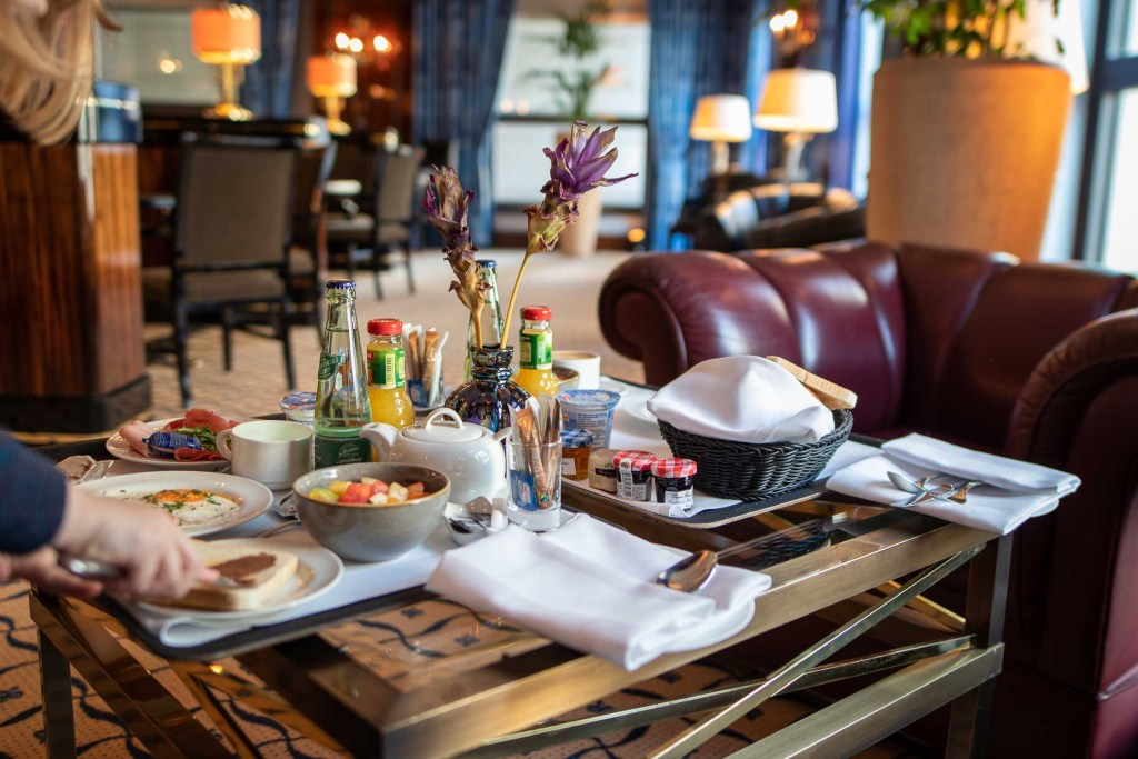 Lounge Frühstück JW Marriott Hotel Berlin