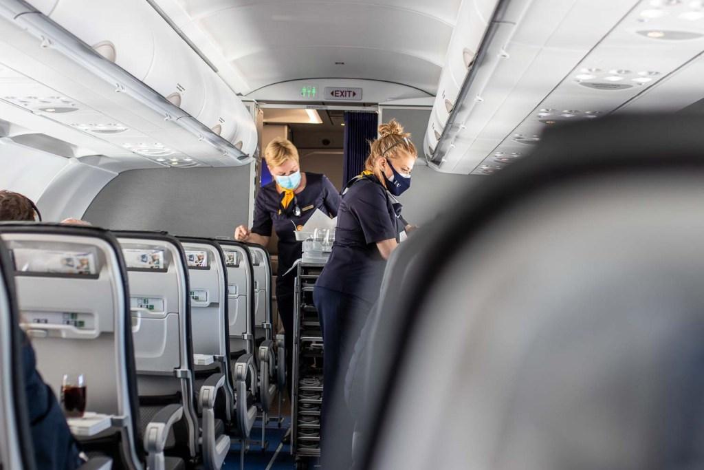 Lufthansa Business Class Teneriffa Service-3