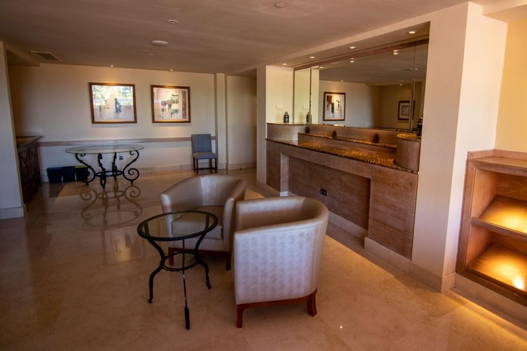 Sheraton La Caleta CLub Lounge