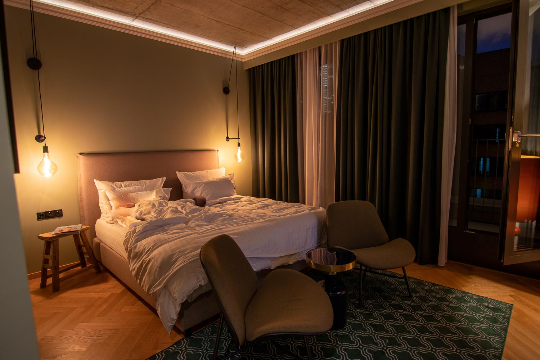 Gekko House Frankfurt Hotel Balkon Zimmer