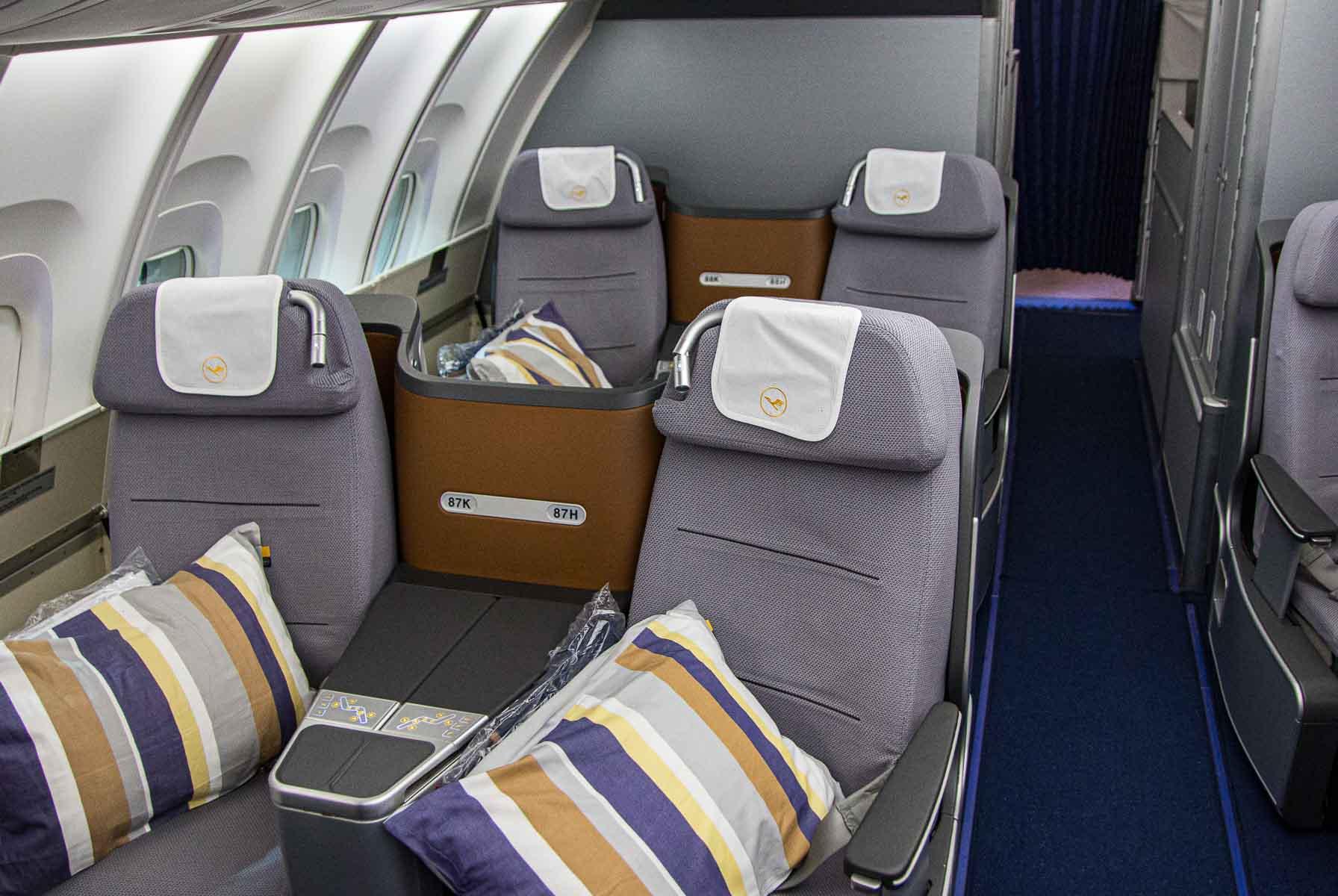 Lufthansa Boeing 747-8 Business Class Johannesburg