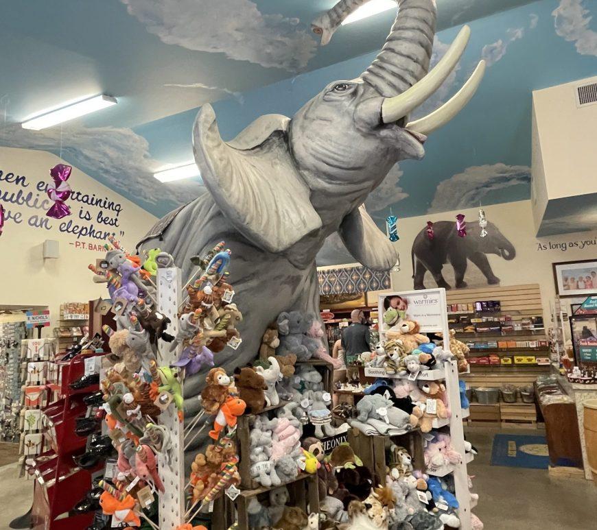 Mr. Ed's Elephant Museum