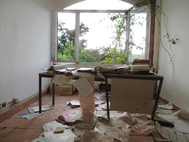 Secretary's desk