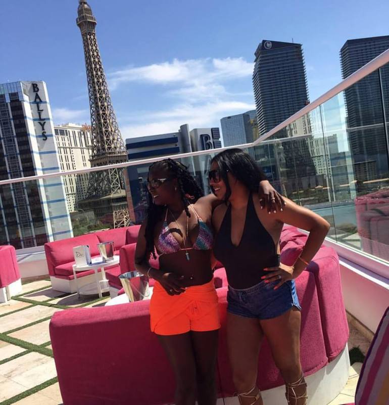 Pool party, Vegas style