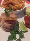 Tuna tartare with frittes