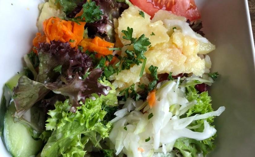 We finally see the inside of the Sindlinger Hof and eat Greek food!