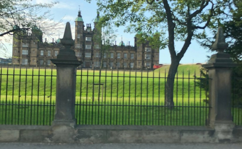 Two nights in Edinburgh… living life on the Fringe.