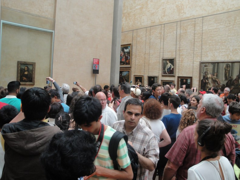 Mona Lisa - Underwhelming Locations - The Traveling Storygirl