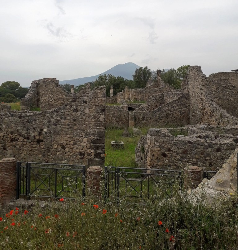 How to plan your trip to Pompeii, Vesuvius