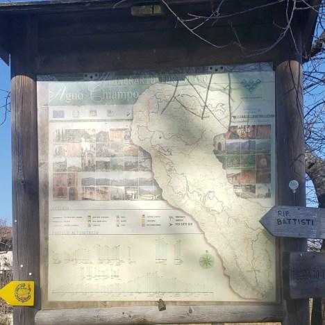 Trailhead sign, Sentiero Dei Grandi Alberi, Path of the Big Trees, Vicenza, Italy