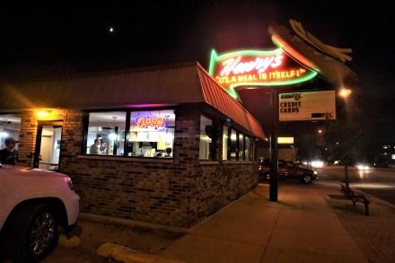 Henry's Drive In, 'A meal in itself'