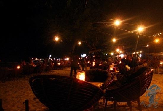 nightlife serendipity beach
