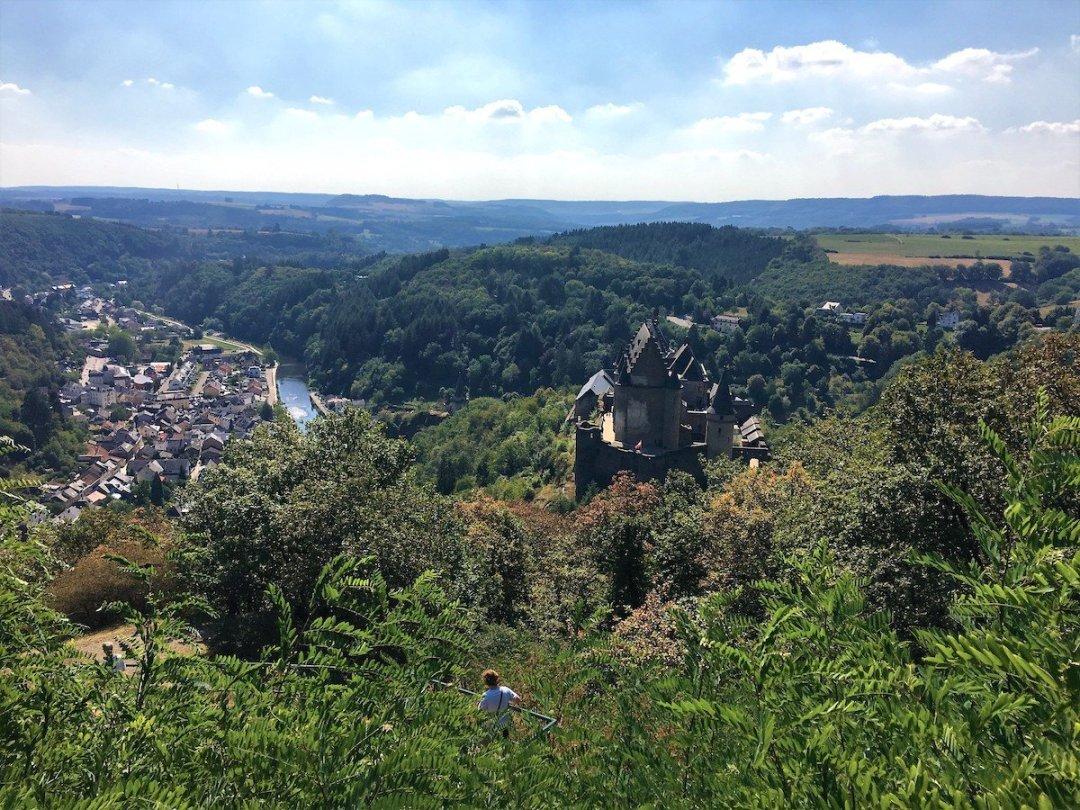 Veduta dall'alto del castello di Vianden