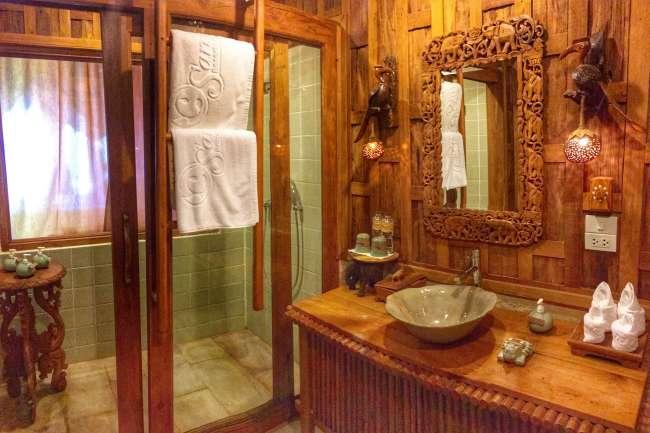 Wooden clad bathroom in Santhiya, Koh Yao Yai