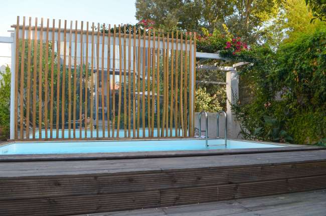 Swimming pool and garden at Casa do Barao in Lisbon, Portugal
